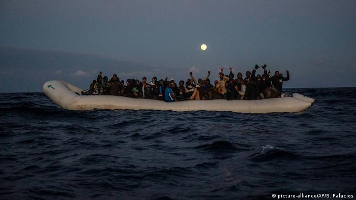 Libyen Migranten und Flüchlinge im Mittelmeer