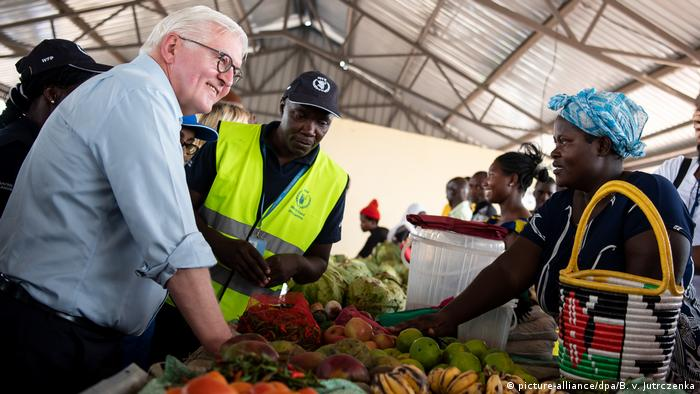 Bundespräsident Steinmeier besucht Flüchtlingslager in Kenia