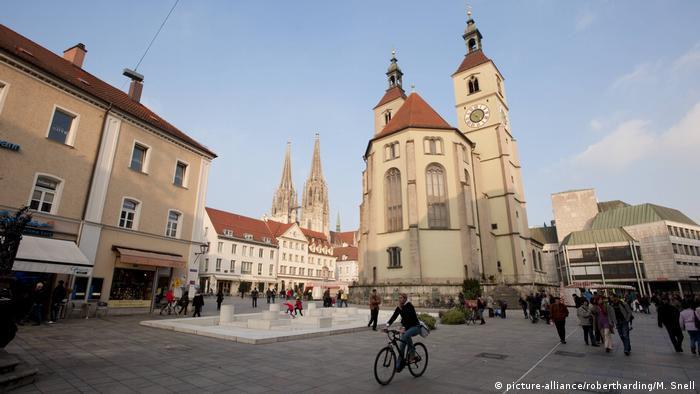 Germany | Regensburg: Neupfarrkirche church (picture-alliance/robertharding/M. Snell)