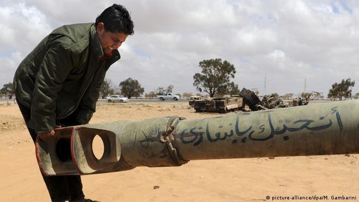 Foto de soldado líbio