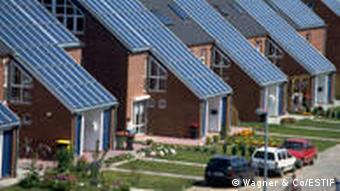 Dächer mit Sonnenkollektoren (Quelle: ESTIF)