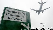 Großbritannien London 2014 | Flughafen London Heathrow | Schild Terminal 4 (Imago Images/Zuma Press)
