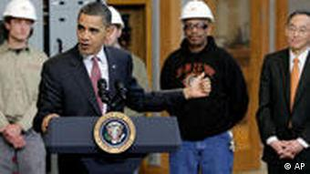 President Obama and Energy Secretary Steven Chu, during a visit to International Brotherhood of Electricians (IBEW) Lanham, 2010