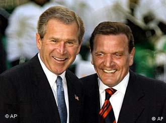 Bush and Schröder can smile together -- only in front of cameras