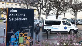Frankreich Paris   Coronavirus   Krankenhaus Pitie-Salpetriere (Reuters/C. Platiau)