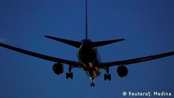 Symbolbild Flugzeug Boeing 767 (Reuters/J. Medina)