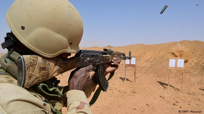 Soldier in Mauritania (DW/F. Muvunyi )
