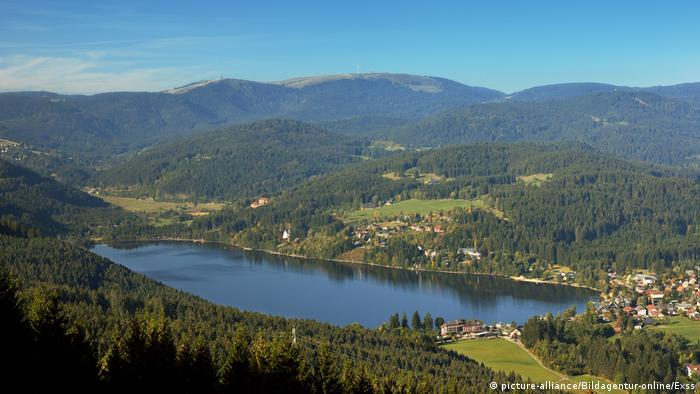 Germany's Black Forest region: Titisee and Feldberg(picture-alliance/Bildagentur-online/Exss)