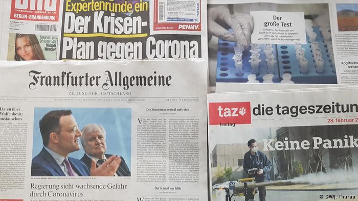 Zeitungen Corona (DW/J. Thurau)