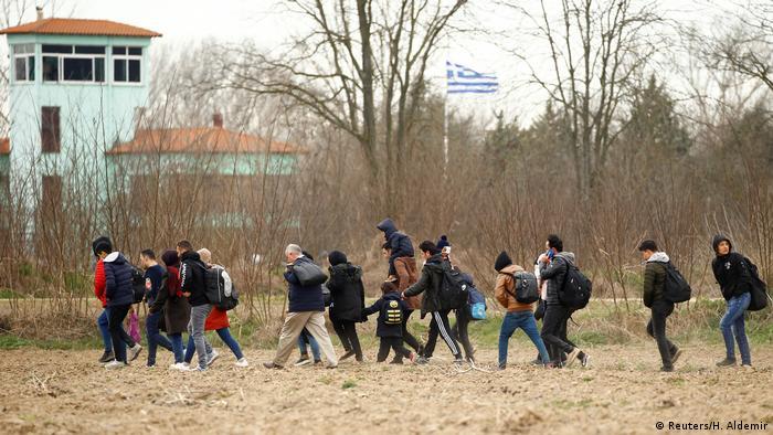 Türkei Pazarkule Flüchtlinge an der Grenze zu Griechenland