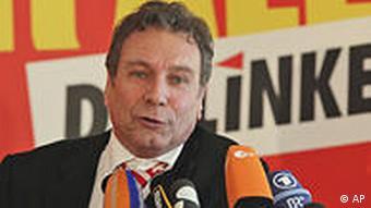 Deutschland Parteien Linke Klaus Ernst Aschermittwoch in Passau