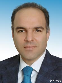 آرتیوم دینچ، عضو هیات علمی دانشگاه گوموشخانه ترکیه