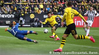 Jadon Sancho scored at home for BVB in the league, again