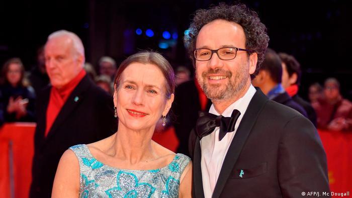 Mariette Rissenbeek und Carlo Chatrian auf dem Roten Teppich bei der Berlinale 2020