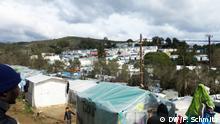 2DW_LesbosFlüchtlinge_1März2020_Schmitz: Das Flüchtlingscamp in Moria gleicht einer postapokalyptischen Stadt. Foto: Florian Schmitz Schlagworte: Moria, Lesbos, Flüchtlinge, Griechenland, Türkeideal