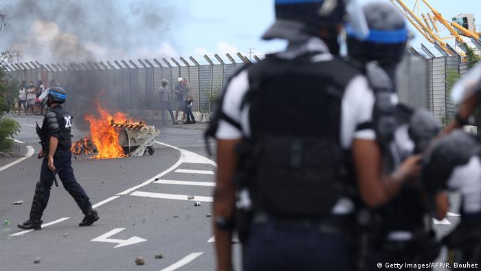 Police clash with protesters on Reunion Island
