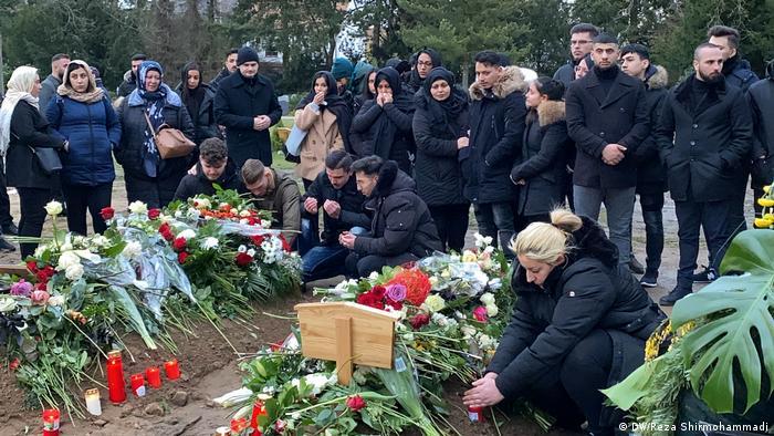 Sahrana Hamze Kurtovića (22), jednog od žrtava ekstremno desničarskog napada u Hanau