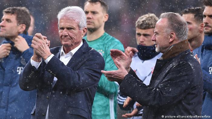 Dietmar Hopp and Karl-Heinz Rummenigge on the pitch together in Hoffenheim | Dietmar Hopp und Karl-Heinz Rummenigge