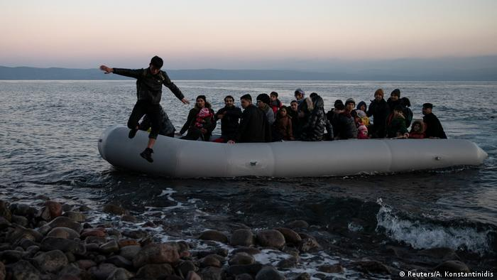 Migrants arrive in Greece in March 2020 (Reuters/A. Konstantinidis)
