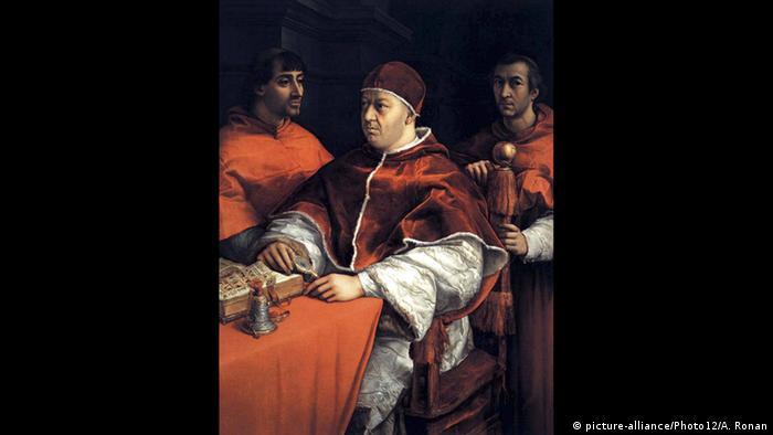 В Рим Рафаело е затрупан от поръчки за портрети. Редица известни личности желаят да бъдат нарисувани от него, включително и двама глави на Римокатолическата църква. Снимката показва портрет на папа Лъв X, наследник на Юлий II. Двамата са и най-големите работодатели на Рафаело.