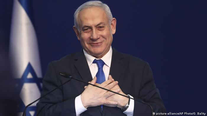 Israel: Gantz holds out on power-sharing deal with Netanyahu ...
