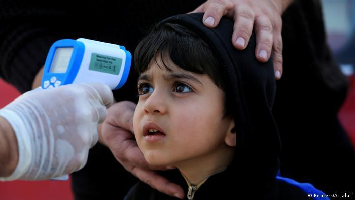 Irak Coronavirus Vorsichtsmaßnahmen in Duhok (Reuters/A. Jalal )