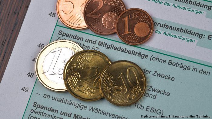 Symbolbild Deutschland Spenden und Mitgliedsbeiträge