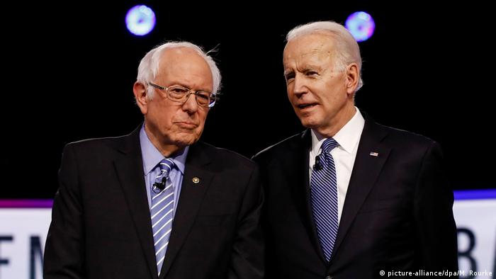 USA Super Tuesday | Bernie Sanders und Joe Biden ARCHIV (picture-alliance/dpa/M. Rourke)