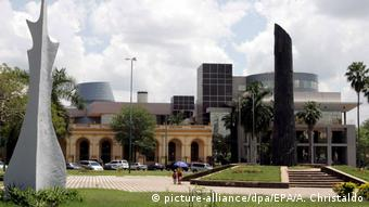 Paraguay Nationalkongress in Asunción (picture-alliance/dpa/EPA/A. Christaldo)