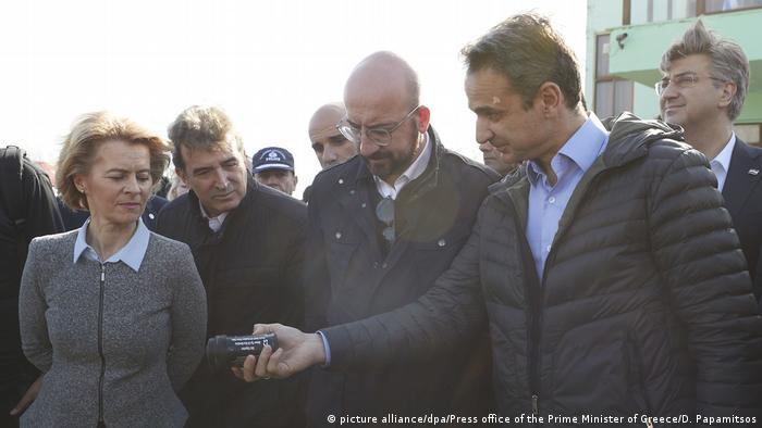 Delegacija EU u poseti na grčko-turskoj granici i gleda kakve granate sa suzavcem se tamo koriste