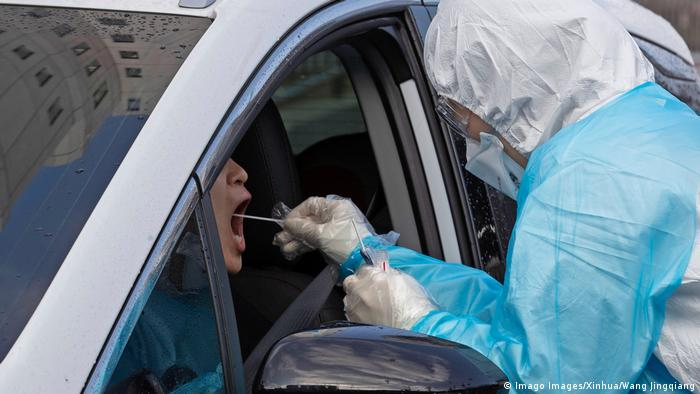 Coronavirus in Südkorea Drive-Through-Test (Imago Images/Xinhua/Wang Jingqiang)