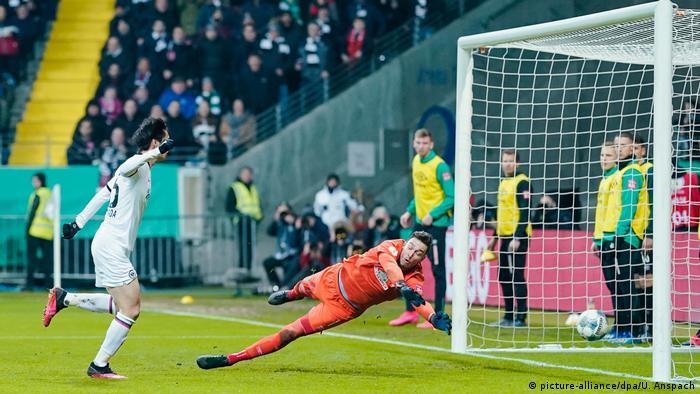 Fußball DFB-Pokal Eintracht Frankfurt - Werder Bremen