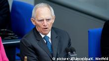 05.03.2020, Berlin: Wolfgang Schäuble (CDU), Bundestagspräsident, spricht zu Beginn der Sitzung des Bundestages. Thema der Debatte war der Kampf gegen Hass und rechten Terror in Deutschland. Foto: Kay Nietfeld/dpa +++ dpa-Bildfunk +++ | Verwendung weltweit