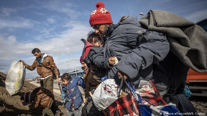 پناهجویان در مرز ادیرنه میان ترکیه و یونان