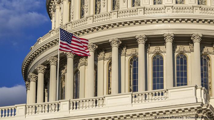 Здание американского конгресса в Вашингтоне