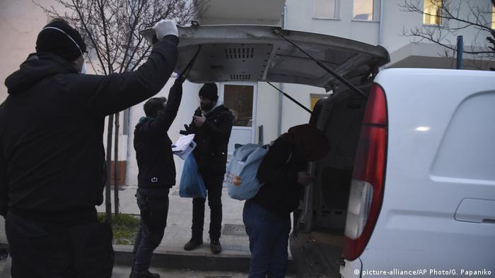 Griechenland nahe Grenze Evros-Fluss Polizei verhaftet Migranten