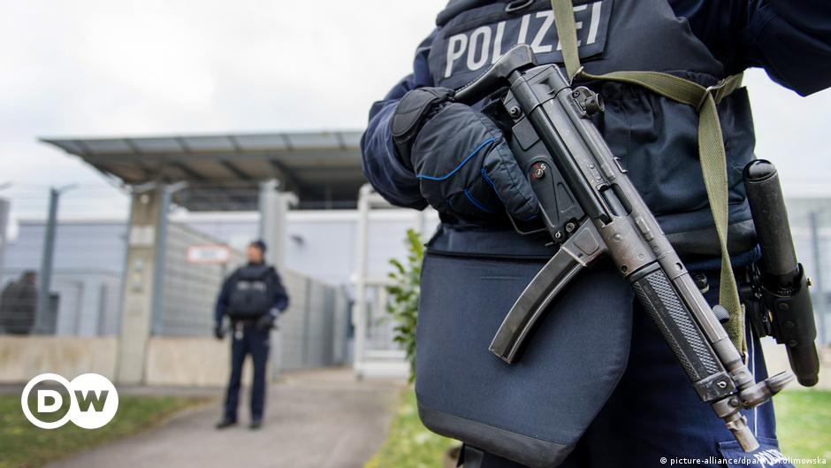 Syrian pair appear in German court over filmed 'execution'