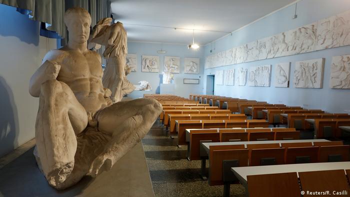 با گسترش سریع ویروس کرونا در ایتالیا مدارس و دانشگاههای این کشور تعطیل شدند