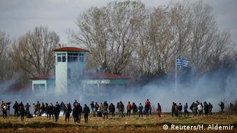 Δακρυγόνα στα ελληνοτουρκικά σύνορα
