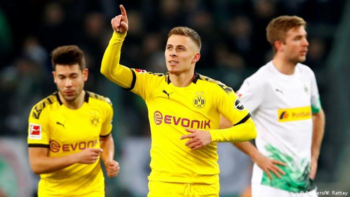 Borussia Dortmund's Eden Hazard (Reuters/W. Rattay)