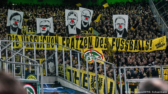 Bundesliga Borussia Mönchengladbach - Borussia Dortmund Fanprotest