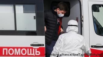 Скорая помощь доставила больного в одну из московских клиник