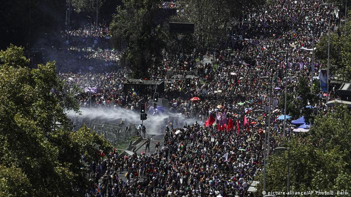 Chile: protestas en el Día Internacional de la Mujer