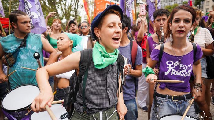 Argentina: protesta en Buenos Aires en el Día Internacional de la Mujer.