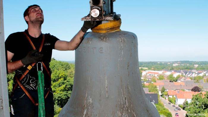 Dzwony wywiezione za czasów nazizmu powrócą do Polski