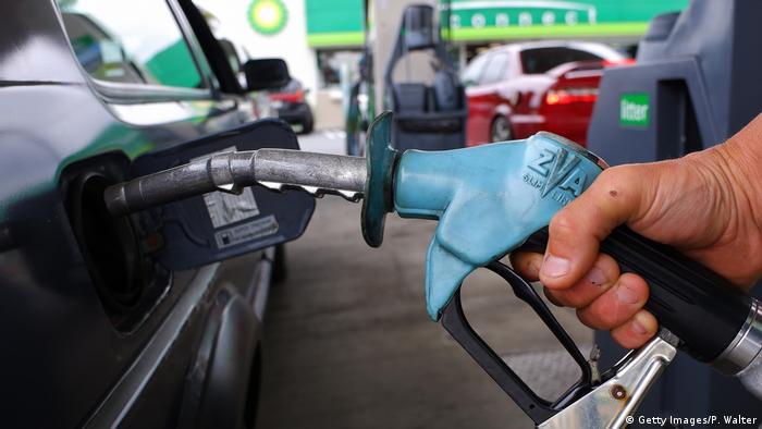 Symbolbild - Erdöl - Tanken (Getty Images/P. Walter)