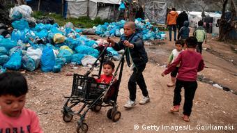 Παιδιά στο προσφυγικό κέντρο της Μόριας στη Λέσβο