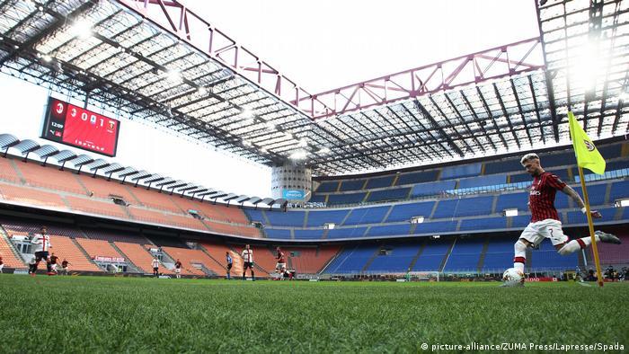 Fußball AC Mailand vs CFC Genua wegen Coronavirus ohne Zuschauer