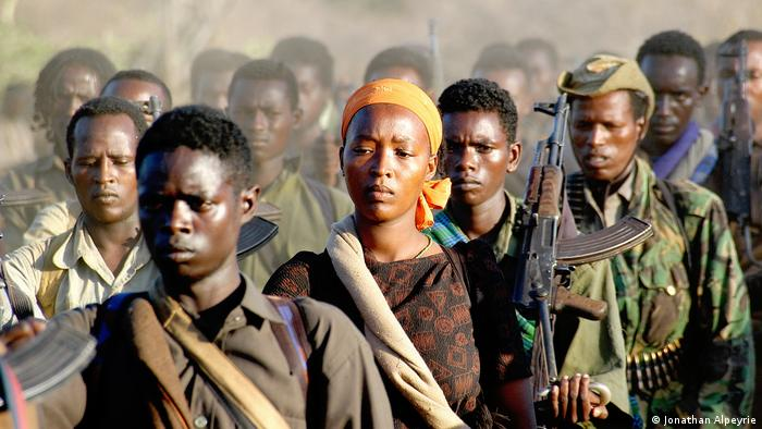 Kenia OLF Rebellen (Jonathan Alpeyrie)
