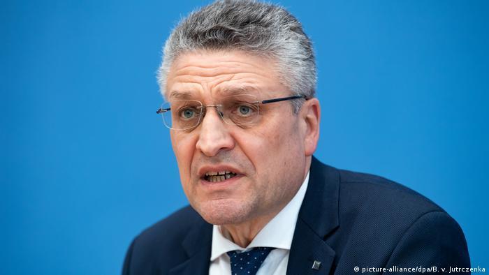 Berlin | Pressekonferenz: Lothar H. Wieler, Präsident des Robert Koch-Instituts (picture-alliance/dpa/B. v. Jutrczenka)